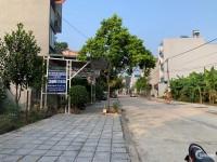Bán lô đất đẹp đường Lương Văn Can , Liên Bảo, Vĩnh Yên --- 0985628309