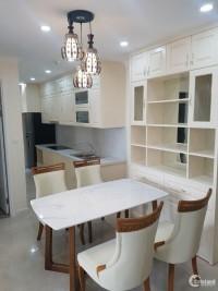 Cho thuê chung cư Vinhomes D'capitale 70m2, 2 ngủ, full đồ 15 triệu/tháng