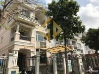 Kẹt tiền bán Gấp căn biệt thự Phú mỹ hưng, xây đơn lập, sổ hồng