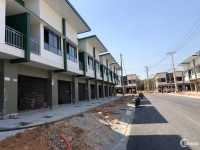 Mua Nhà phố Oasis City 1 trệt 1 lầu, đối diện ký túc xá đại học việt đức , Luyện