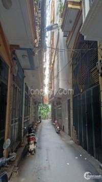 Cho thuê nhà ngõ 2 Trần Cung - Nhà 5 tầng phù hợp để ở, làm văn phòng.
