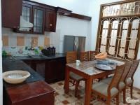 Cho thuê nhà đẹp 4 tầng 4 phòng ngủ giá rẻ đường Khương Đình