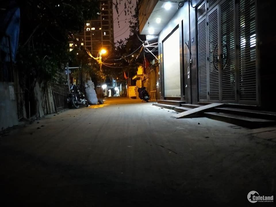 Bán nhà Đường Bưởi 57m 4T mặt tiền 4.5m