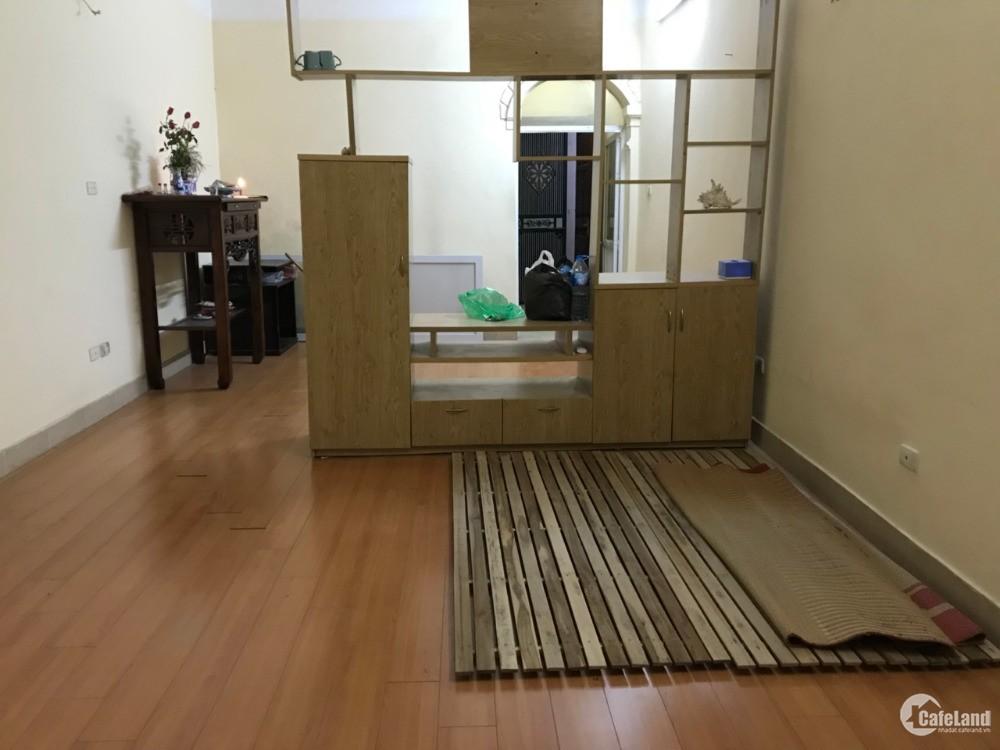 Cho Thuê căn hộ TT giá rẻ thoáng sạch Lạc trung, HBT 4tr500