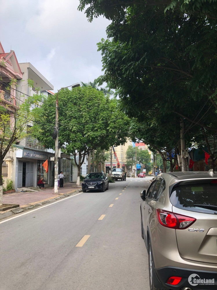 Cần tiền bán gấp ô đất phố Nguyễn Du, Vĩnh Yên