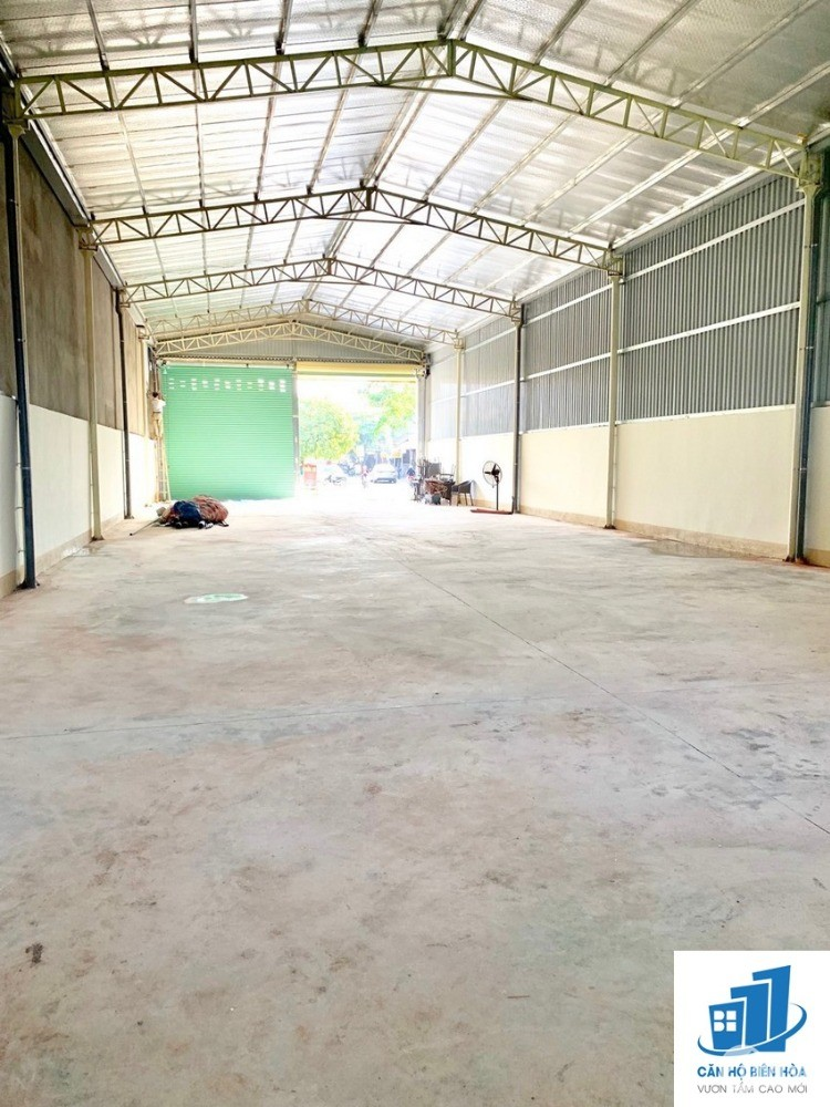 Cho thuê 320m2 nhà xưởng gần chợ Trảng Dài 16tr/tháng Điện 3F/nước máy