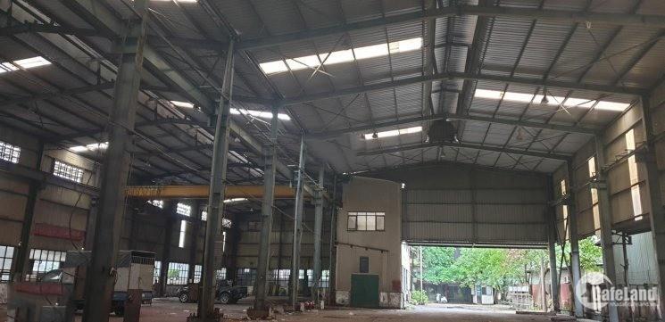 Cho thuê kho xưởng DT 2500m2 Đức Giang Long Biên Hà Nội.
