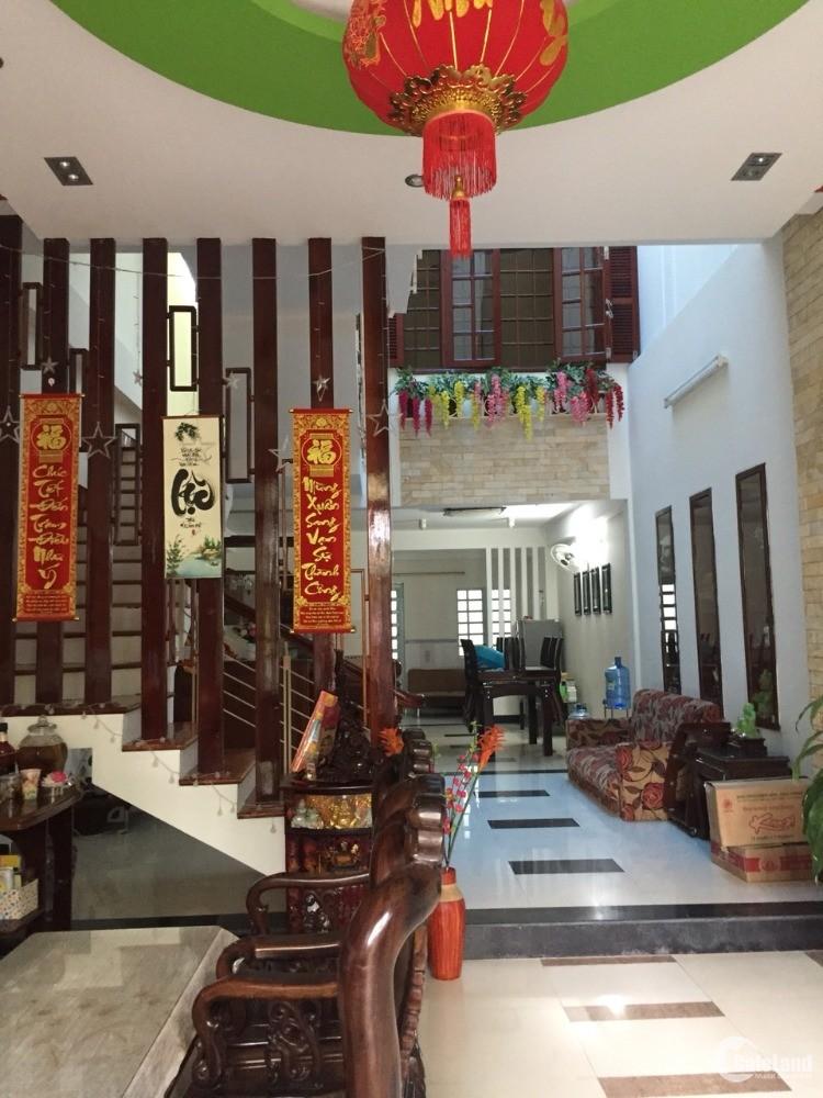 Cho thuê nhà nguyên căn 3 tầng đường Mỹ An 19, Ngũ Hành Sơn, Đà Nẵng.