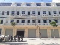 Bán nhà quận Tân Phú, gần Hòa Bình, Richstar, khu du lịch Đầm Sen, nhà mới 100%