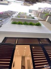 Nhà 6T ô tô, thang máy,nội thất sịn Nguyễn Chí Thanh, Đống Đa giá 6.6 tỷ