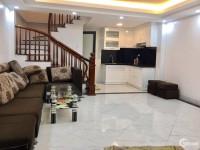 Bán nhà tại Lĩnh Nam thuận tiện kinh doanh buôn bán, 37m2 * 5T, giá 3.3 tỷ