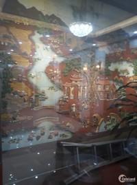 khu vực giáp nhất  Royal City - Nguyễn Trãi, DT 26m x 5 tầng, giá 2.55 tỷ, kinh