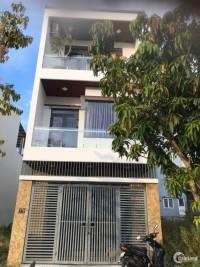 Cho thuê nhà 3 tầng MT đường Đoàn Khuê, Đà Nẵng