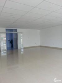 Văn phòng mới xây. Ngang 8m, dài 15.6m. 1 trệt 3 lầu, st, garage, thang máy