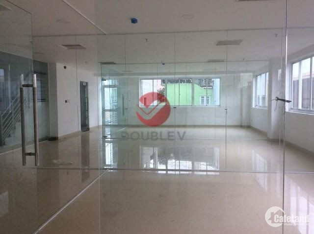 Văn phòng cho thuê quận 5, văn phòng giá rẻ, DT 226m2 chỉ 16 usd/m2/tháng