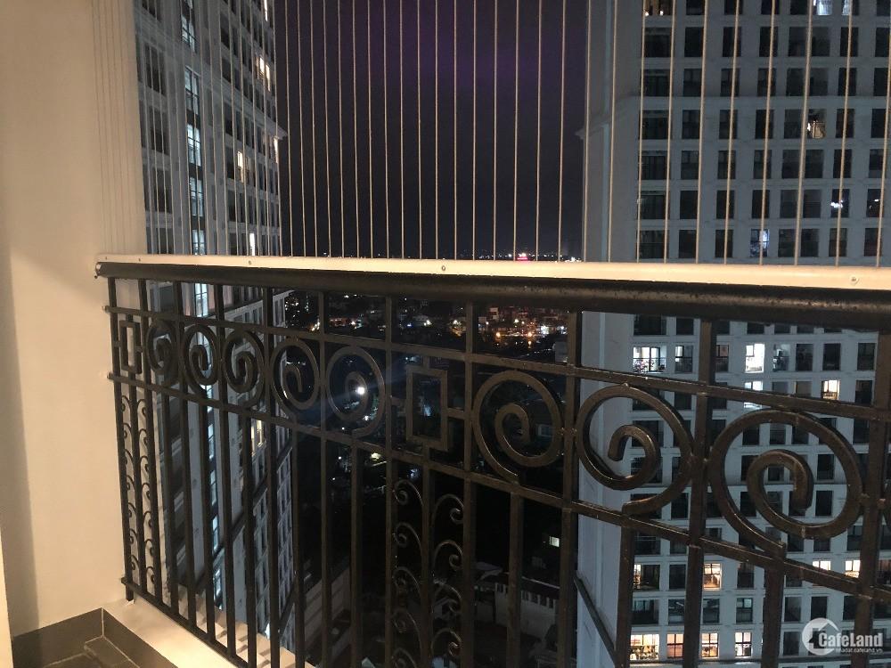 Chính chủ bán lỗ 500 tr căn hộ 102 m, chung cư the emrald ,Đình thôn,O936198238