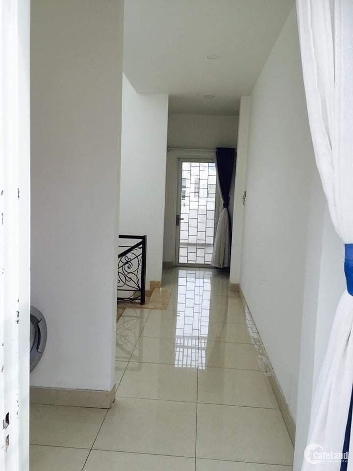 Bán nhà Đường Điện Biên Phủ, Quận 10, 29 m2, 2.7 tỷ 0865033455