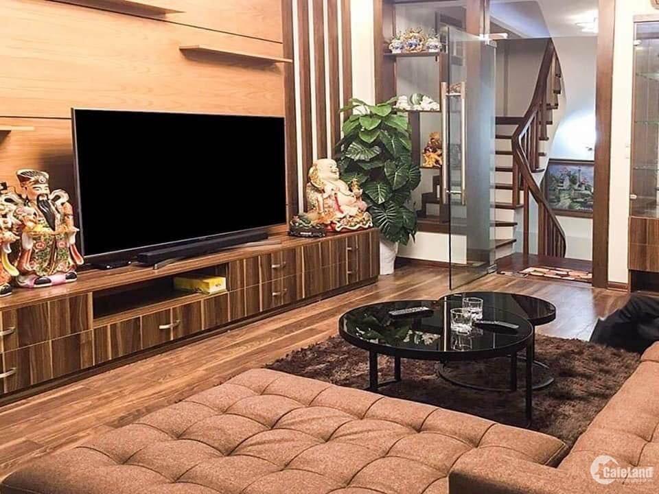 Bán nhà đẹp về ở luôn 93m x 5 tầng giá 6.28 tỷ. Phố Thượng Đình.