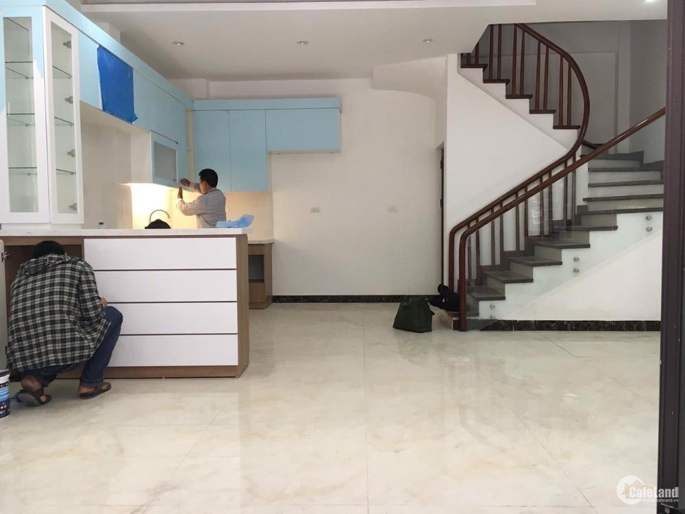 Bán nhà Xuân La, Tây Hồ, gần Đại học Nội Vụ, ô tô, lô góc, 72m2, giá 9.2 tỷ