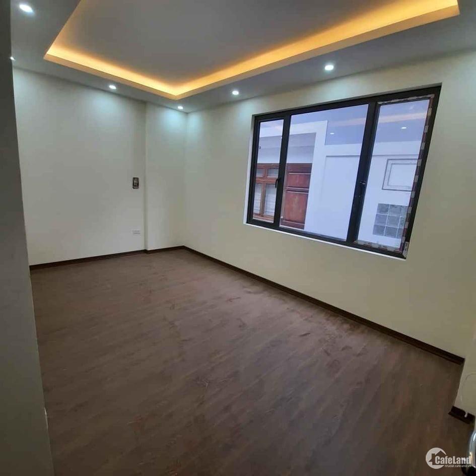 Nhấc máy gọi ngay siêu mẫu, Thanh Xuân, 40m x 5 tầng.
