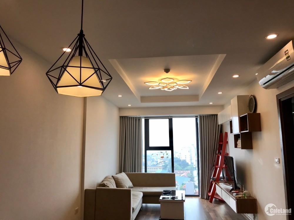 Cần cho thuê hộ 2PN chung cư Goldmark City full nội thất xịn,View cực đẹp