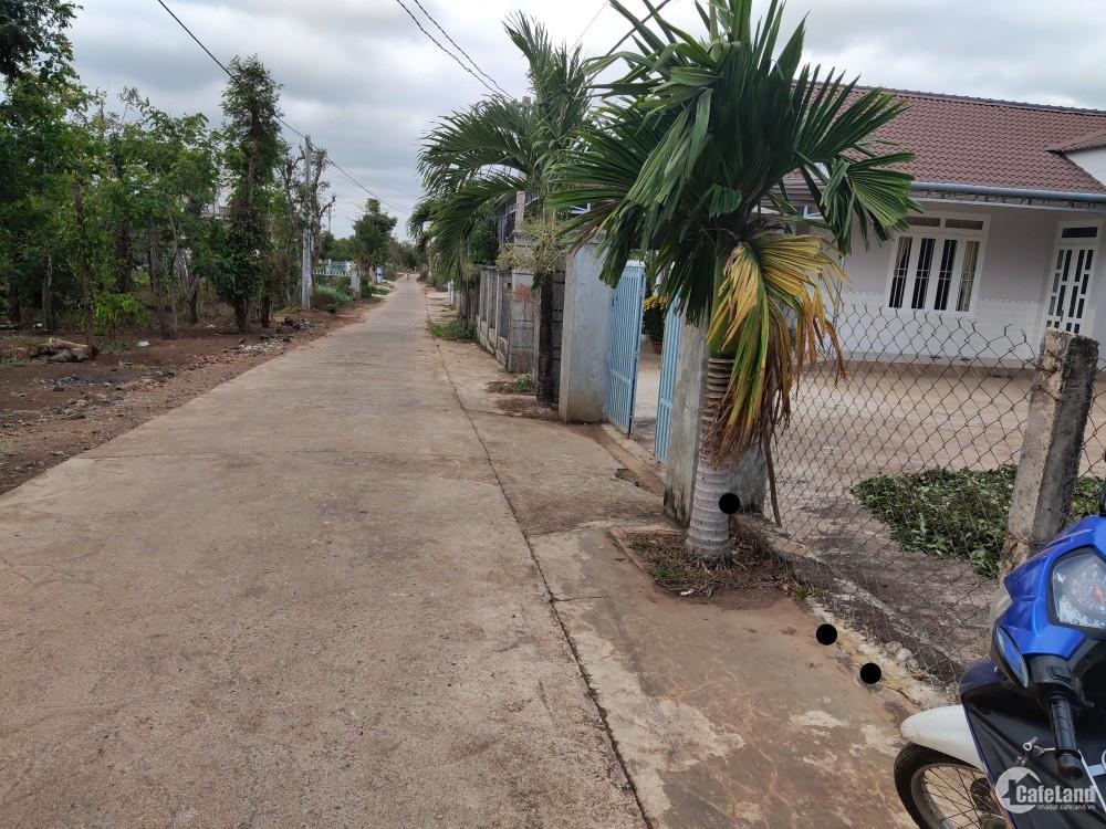 Bán đất 2 mặt tiền 20x85m QL14 Xã Hòa Khánh Buôn Ma Thuột Giá 1,6 tỷ