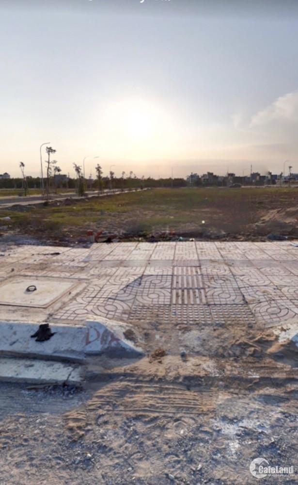 Bán đất mt đường đỗ xuân hợp,q9.gần chợ phước long b.giá1.8tỷ/nền.shr.thổ cư100%