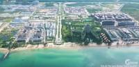 Cần bán căn nhà phố ven biển Phú Quốc, trung tâm Bãi Trường, căn góc giá cắt lỗ!