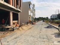 Nhà mới đang xây dựng tân cổ điển 1 trệt 3 lầu mặt tiền chợ Bình Minh