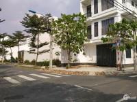 Cần bán nhà 6x22m, sổ hồng hoàn công đầy đủ, căn góc 2 mặt tiền đường