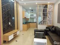 Bán nhà đẹp 5 tầng ngay cạnh TTTM Royal City ngõ rộng 35 m2 giá chỉ 3,25 tỷ