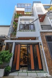 Cho thuê nhà 3 tầng MT đường Trương Minh Giảng, Gần trường QT Singapore