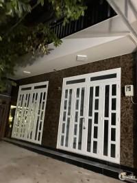 Cho thuê nhà nguyên căn, hẻm đậu xe thoải mái, đường 47, Thảo Điền.