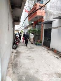 Cho thuê nhà ở chính chủ, nhà số 4A ngõ 1A đường 70, Cầu Bươu Thanh Trì Hà Đông