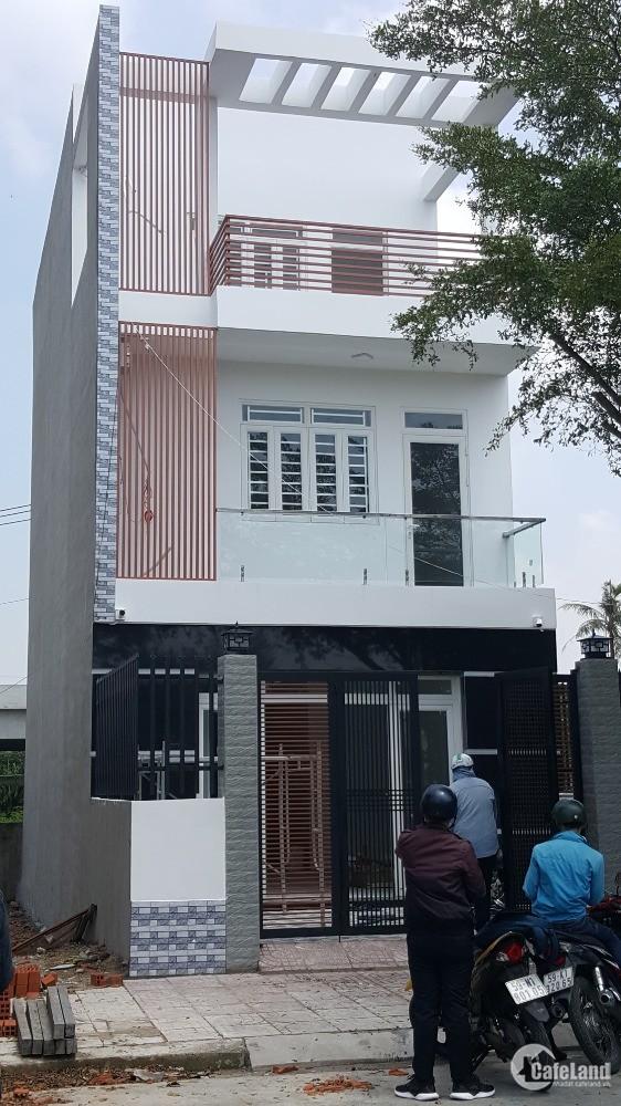 Nhà 3 tầng L.An - B.Chánh đẹp, hoàn thiện, sổ riêng trao tay