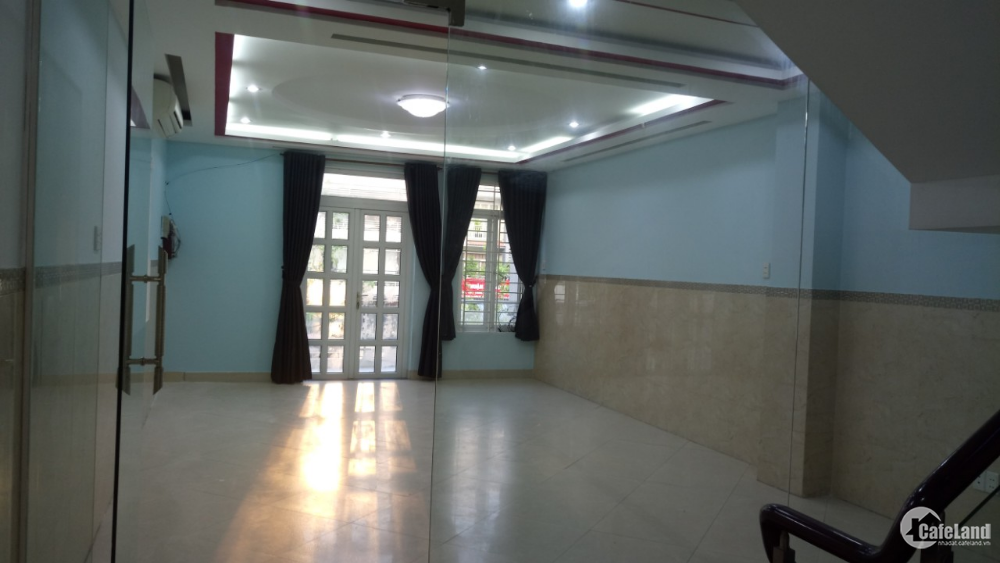 House for rent in District 7 (No intermediaries)