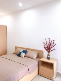 Chính chủ bán căn hộ 2PN tầng cao view hồ mơ mộng giá siêu hot chỉ 1,820 tỷ