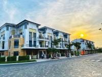 Mở bán căn nhà phố Verosa 1 trệt 2 lầu giá 10 tỷ tặng ngay 500tr từ CĐT