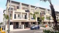 Cần bán và cho thuê nhà 3 tầng chuẩn Singapo cách Hà Nội 1 bước chân