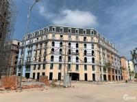 Shophouse nhà phố gần sân bay, giá từ 8 tỷ, canh 3 khách sạn 5 sao!