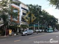 Chính chủ bán nhà phố Nam Long đường Hà Huy Tập có thang máy  TP HCM