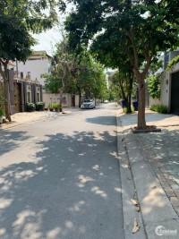 Nhà Phố Hiện Đại Trệt, Lững,2 lầu ST, 250m2, HXH 8M, HTP, Quận 7
