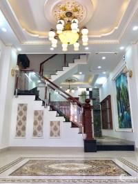 Nhà HXH quay đầu, ngay BigC Phú Thạnh, Tân Phú. Giá chỉ 4 tỷ 600.