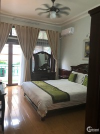 Cho thuê căn hộ tại tầng 3 diện tích 80m2 full nội thất sang trọng