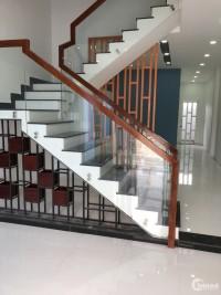 Cho thuê nhà 4m*8m, 1 trệt 1 lầu, 2PN, 6tr/tháng, Hẻm 520 - QL13,