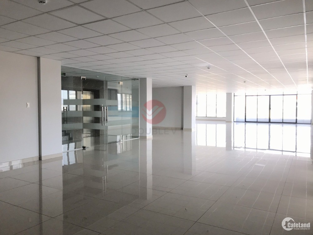 Văn phòng cho thuê quận 5 270m2 thiết kế chuẩn cao cấp giá rẻ view thoáng sáng