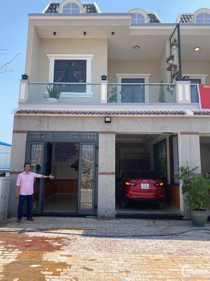 Bán nhà mặt tiền đường hẻm lớn oto quay đầu Tân Phước Khánh