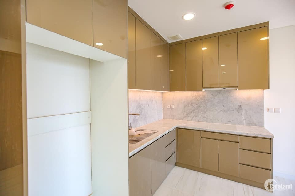 Cho thuê căn hộ cao cấp Kingdom101 2PN có ban công. Giá 20tr/tháng