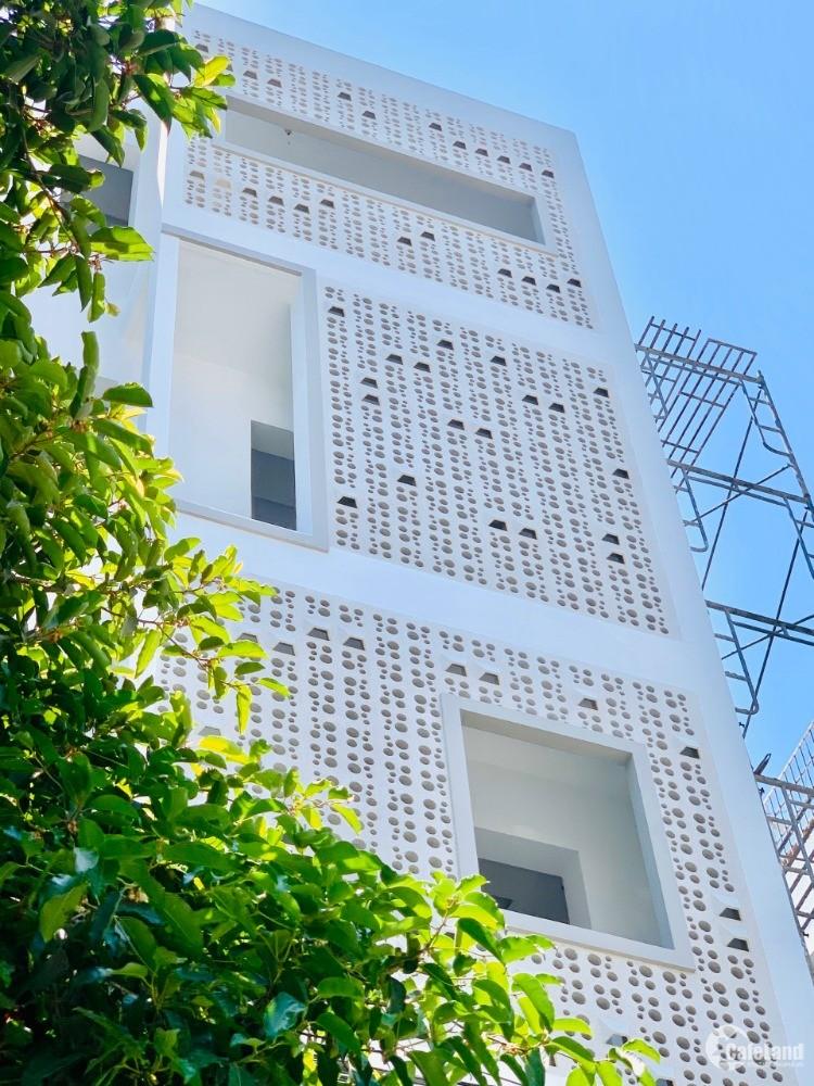 Cần cho thuê nhà nguyên căn mới xây để kinh doanh khách sạn rộng đẹp thoáng mát