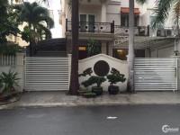 Bán gấp biệt thự Phú Mỹ Hưng, mặt tiền đường lớn Phạm Thái Bường